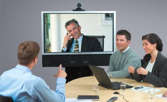 Корпоративный тренинг в виде видеофильма: развлекая - убеждаем