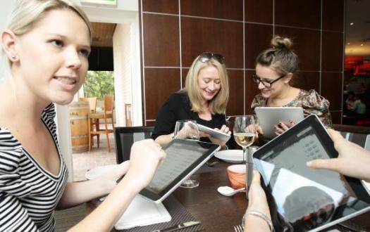 919424-ipad-menu Свой бизнес на оформлении кафе, ресторанов и баров