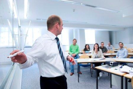Lecture-at-HHL_lightbox Смена идеологий в управлении бизнесом
