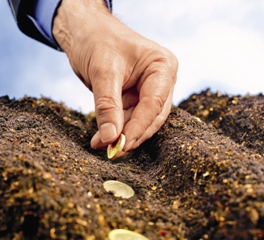 1 Золото или деньги? Стабильность металла против необеспеченной бумаги