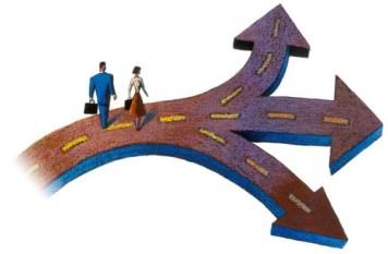 Choosing-A-Direction1-500x327 Как безболезненно поменять профессию?