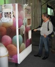 2899-183x220 Идеи для бизнеса: ставим автоматы с мороженым