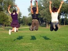 0b297abbcd9332478ebfb1bdb84d0d93-220x165 Как поднять себе настроение — практические советы