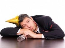 2555362-alkohol-kac-643-4821-220x164 Праздники, в которые следует работать
