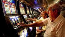 i-1-220x124 8 типов людей, которых вы встретите в казино