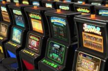 avtomaty-220x145 Reel Emperor - виртуальное казино, где присутствует фактор удачи