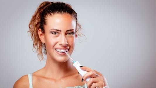 irrigator_2 Эффективные способы защитить свои зубы от бактерий
