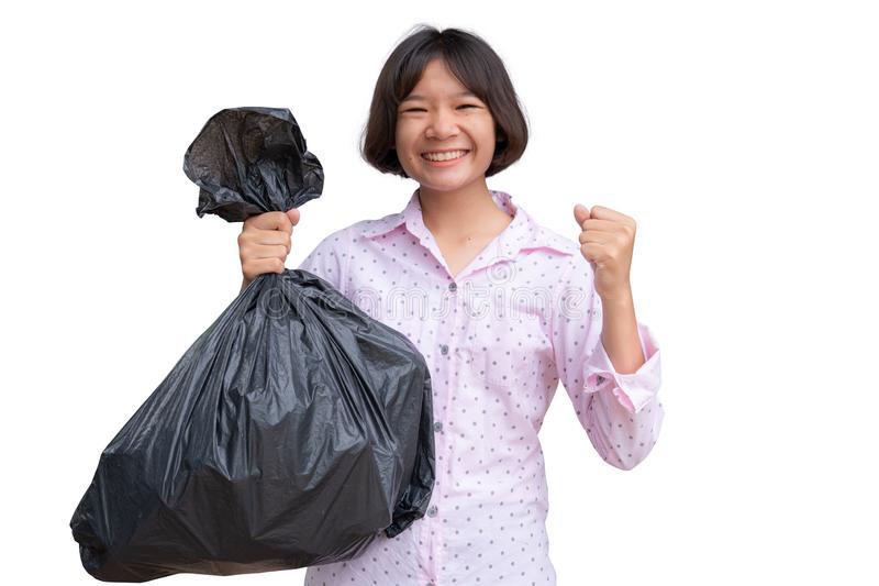 cute-asian-girl-holding-bin-bag-white-background-cute-asian-girl-holding-bin-bag-white-157450671 Какими размерами обладают мусорные мешки